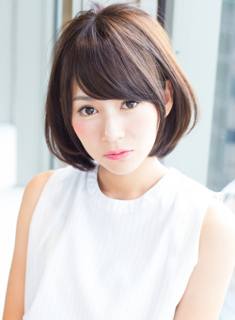 小顔に見せる髪型2